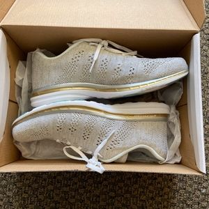 Womens APL Techloom Pro Size 10 BRAND NEW